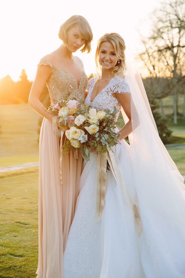 rs_634x951-160221124026-634-taylor-swift-britany-maack-wedding-022016